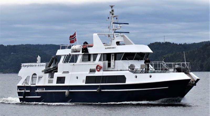 MS Klipperfjord I - 100 paxSoldekk, overbygd dekk og uteplass på bakkenTo salonger og kioskLedig 16.oktober-31.mars