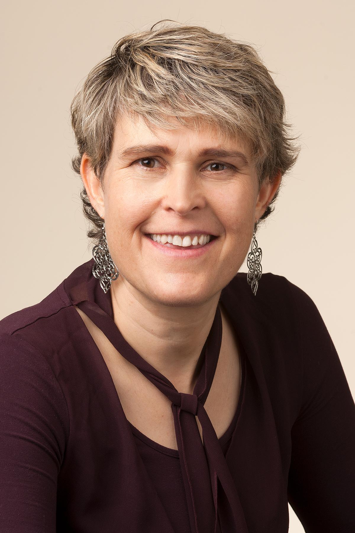 Dr. Elizabeth Harris