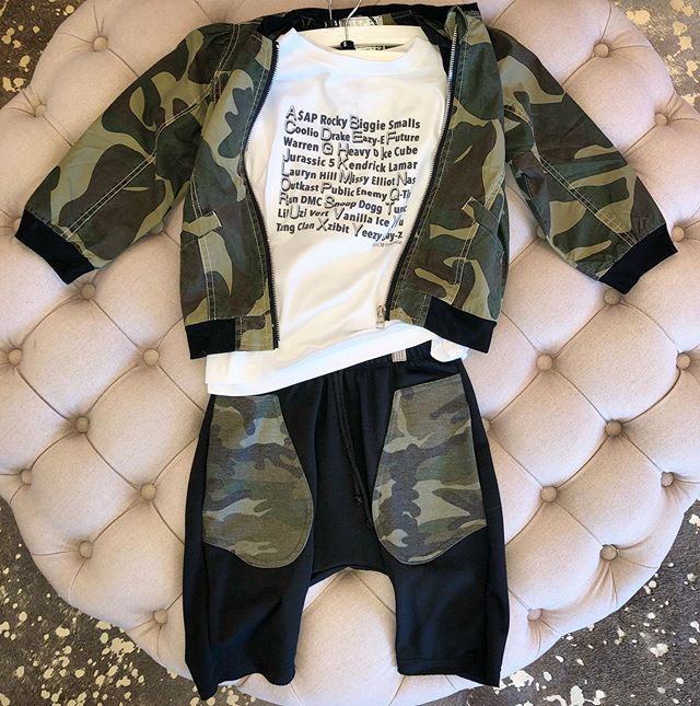 #mommyandmemonday Fashion for the kids 🎧🎤🙌🏽#fashion #kidsfashion #boysfashion #camo #camoflauge #musiclegends #musicfashion #girlsfashion #kidsclothing #swag #trends #kidstrends