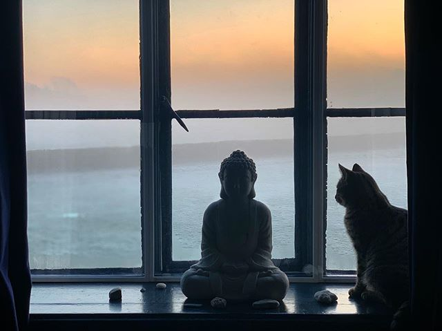 Serene sunrise 🌄