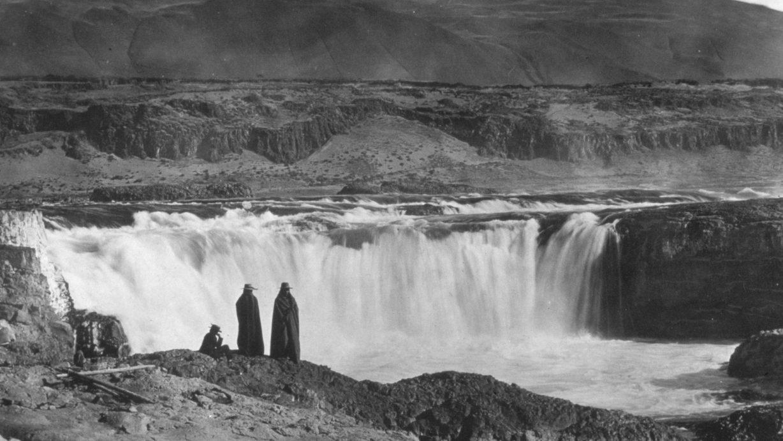 Celilo Falls, 1900 (Benjamin Gifford photo)