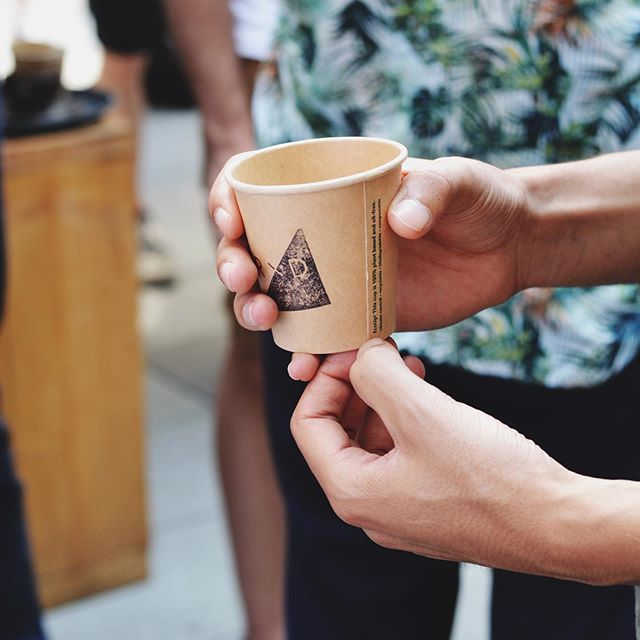 If the coffee can taste so good with nothing else in it, then that's a good cup of coffee. - Bayley⠀⠀ :⠀⠀ #rdcoffeebar #rdcoffee #coffeeberlin #coffeeinberlin #berlincafe #coworkingberlin #coworkingspace #berlin #berlincity #coffeeshop #coffeebar #coffeeholic