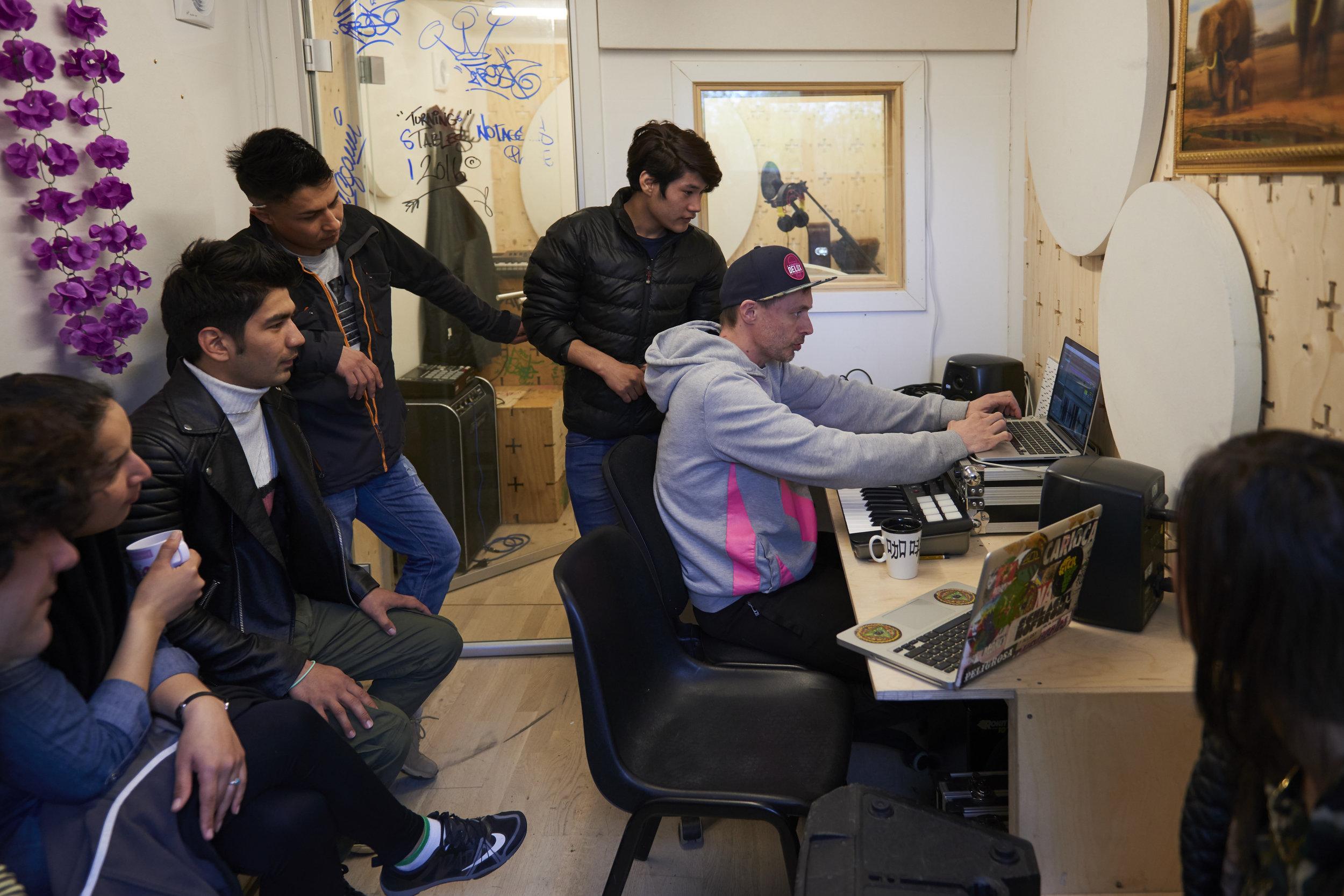 Music workshop_behind the scenes 19.jpg