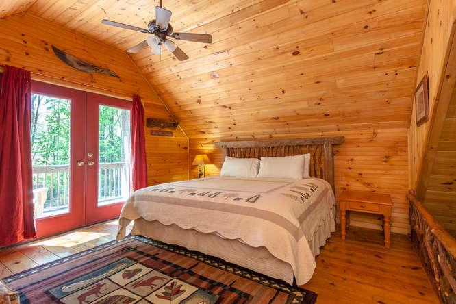 18769 NC209 Hot Springs NC-small-015-12-IMG 3935-666x444-72dpi.jpg