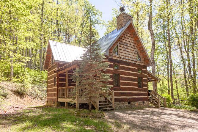 18769 NC209 Hot Springs NC-small-002-21-IMG 4080-666x444-72dpi.jpg