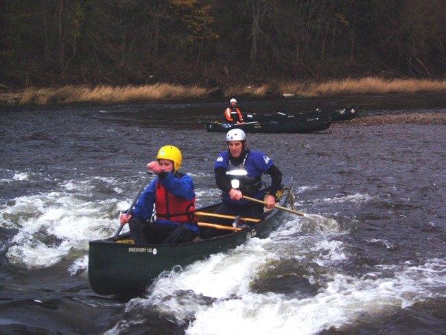 canoe3.jpg
