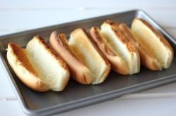 hot dog buns on tray.jpg