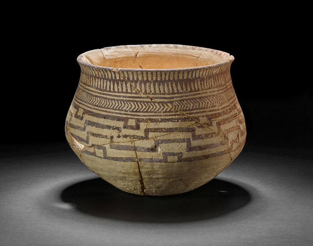 Samarran pot  - ClayAbout 6500–6000 BCIraq British MuseumSamarran pottery vessels were made and used by people living in northern Syria and Iraq around 6000 BC. Pots were typically thin-walled and decorated with geometric patterns in dark paint. They were almost certainly used for storing, preparing and serving food and drink.