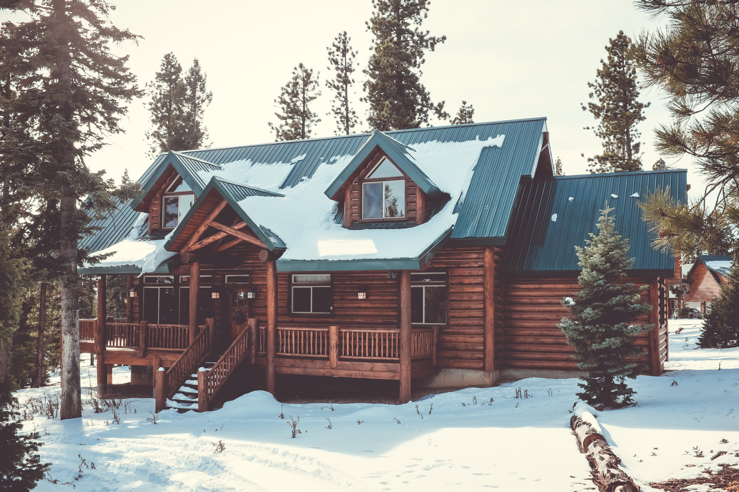 Off to the cabin to enjoy winter? Let Homethority look after your home.