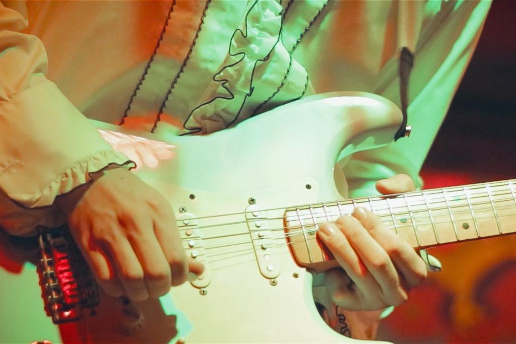 - MUSICVIDEOS