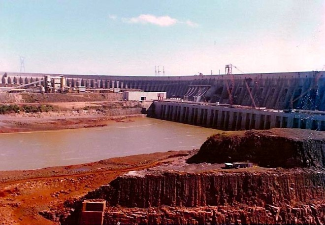 Itaipu Dam under construction