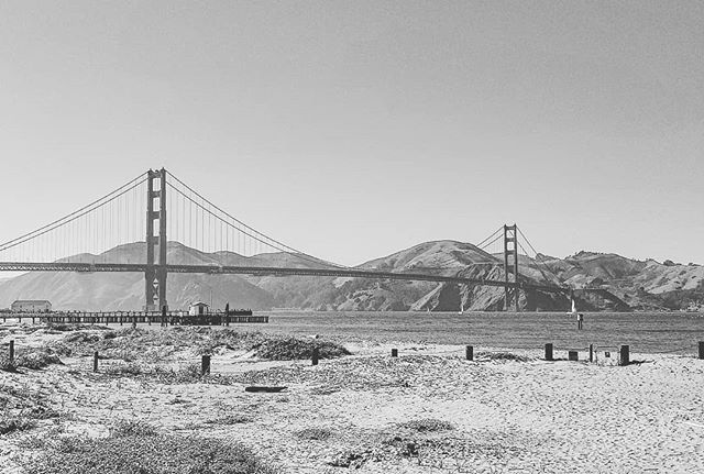 The beautiful Golden Gate Bridge  #goldengatebridge #SanFrancisco #sanfranciscobayarea #samsungnote8 #blackandwhite #outdoorsphotography #nature