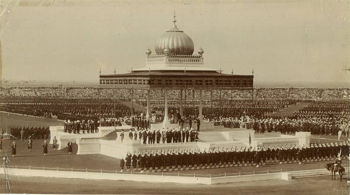 The splendor of the Indian Durbar in 1911. (Public Domain)