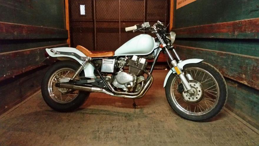 #05 - Jupiter     Bitsa Honda Rebel 250
