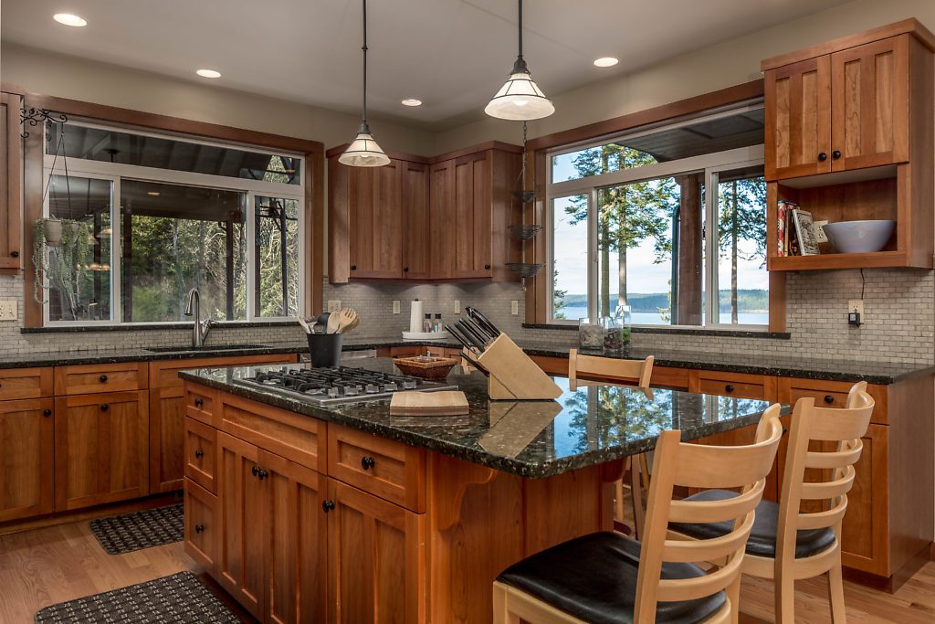 033-3437GreenRoad-OakHarbor-WA-98277-small.jpg