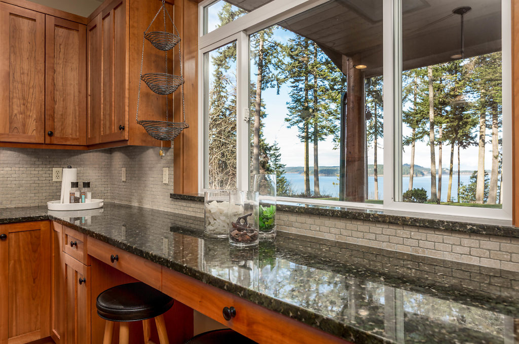 035-3437GreenRoad-OakHarbor-WA-98277-small.jpg