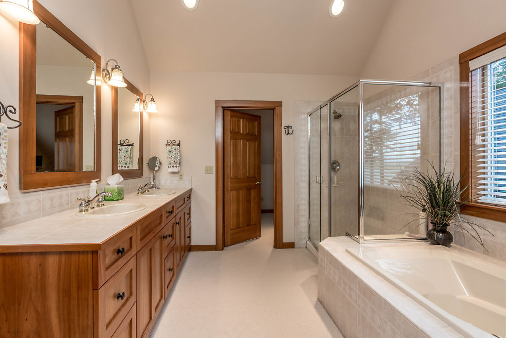 Master bath with jetted tub & walk-in shower...