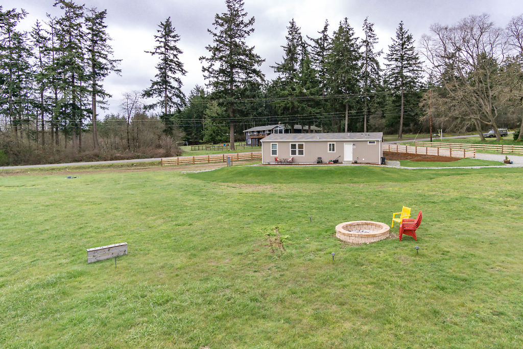 Enjoy a round of horseshoes & conversation by the fire-pit...let the fun begin!
