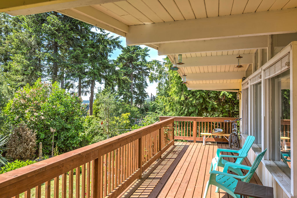 Enjoy all seasons on your oversized back deck...complete with outdoor dining/kitchenette... *Deck completely replaced in 2015*