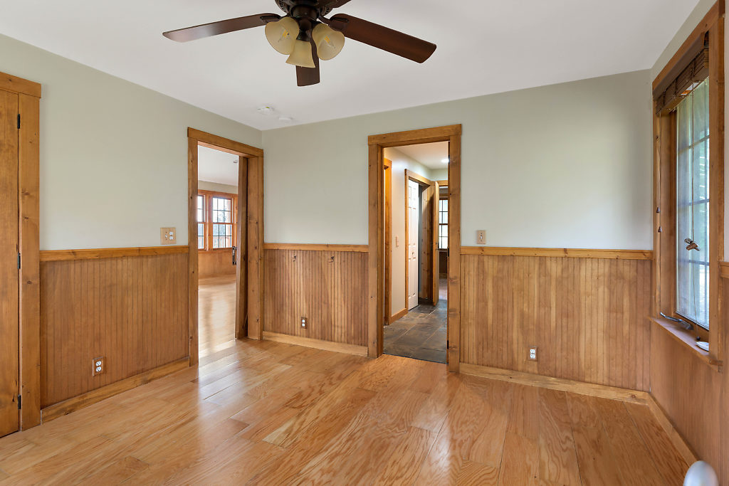 2nd bedroom in the guest cottage…