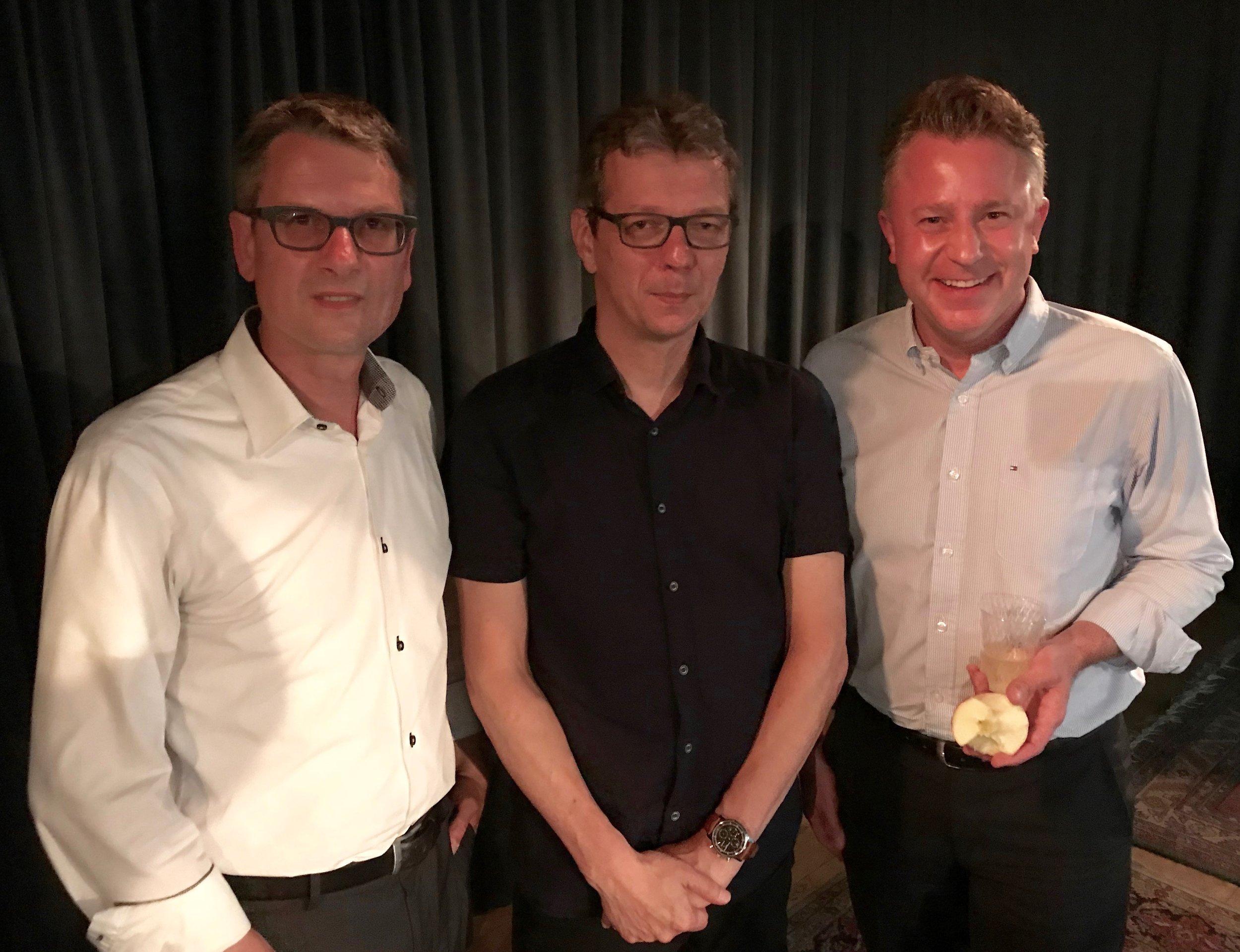 Die Moderation im GZ Riesbach leitete Hans-Peter Künzi von Radio SRF, Journalist und Vater aus 8008 Zürich.