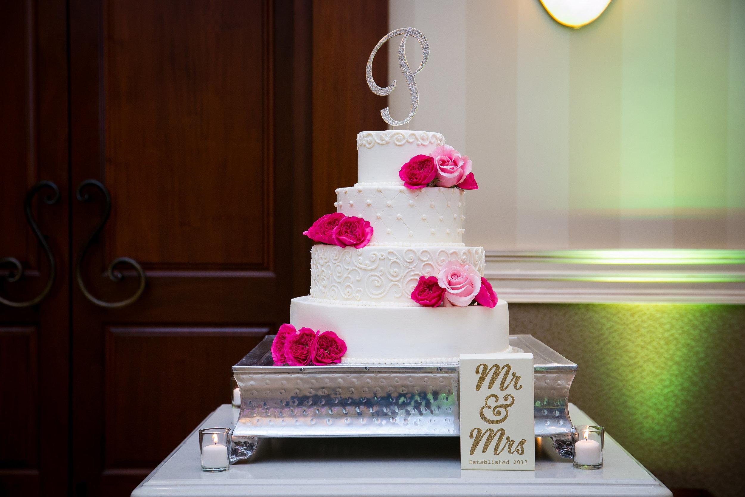m2-floral-cakescardsmemtable-3.jpg