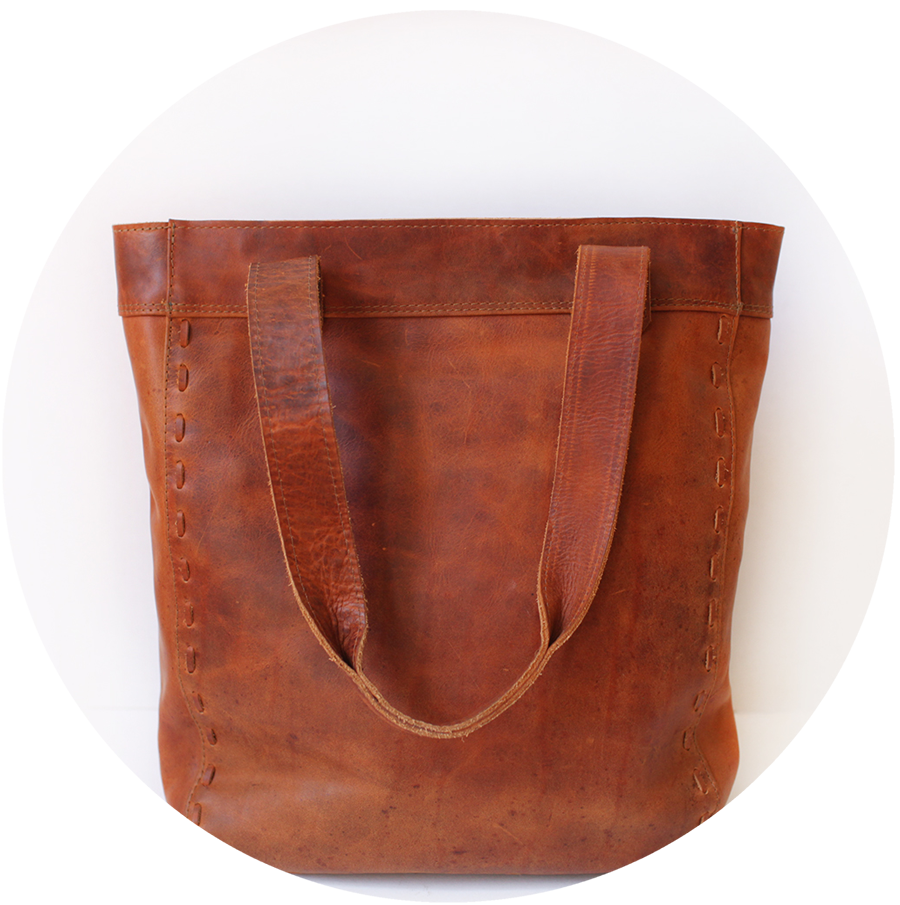 leathertote.png