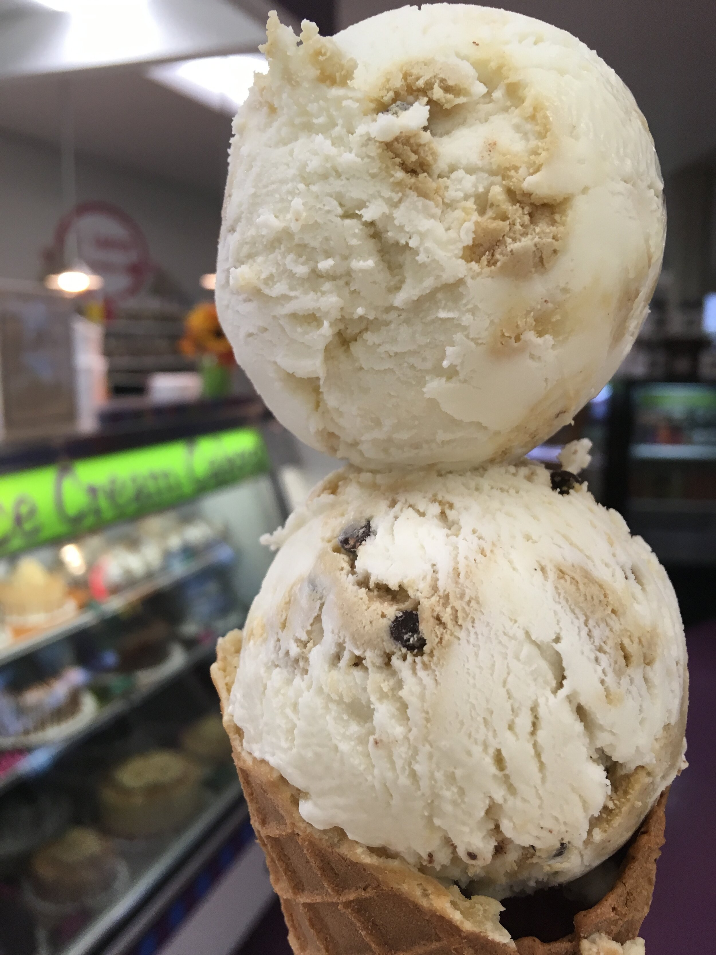 COOKIE DOUGH - Our vanilla ice cream with lots of chocolate chip cookie dough pieces mixed throughout. Yes, I'll have cookie dough please…