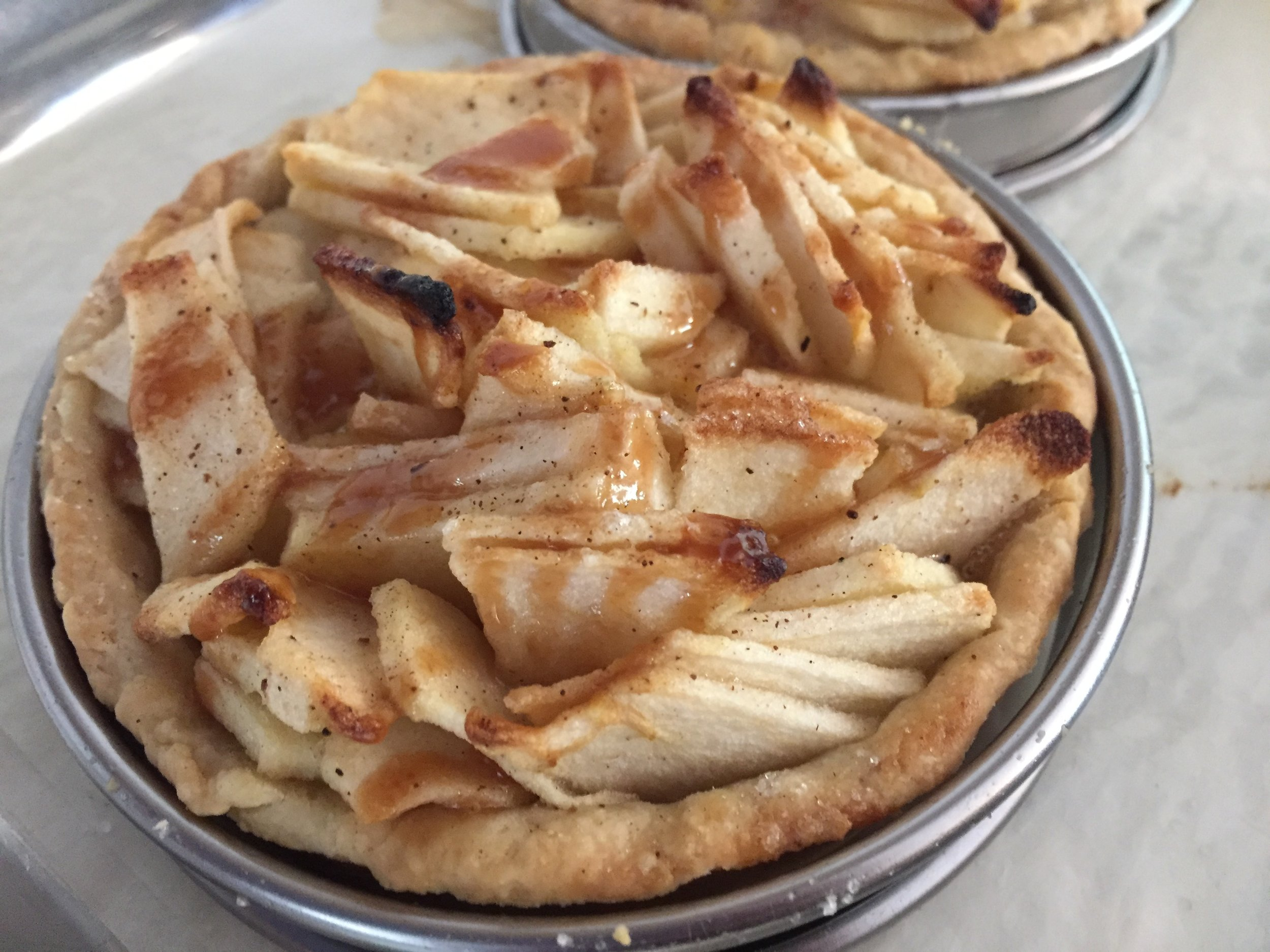 Caramel apple  tarte