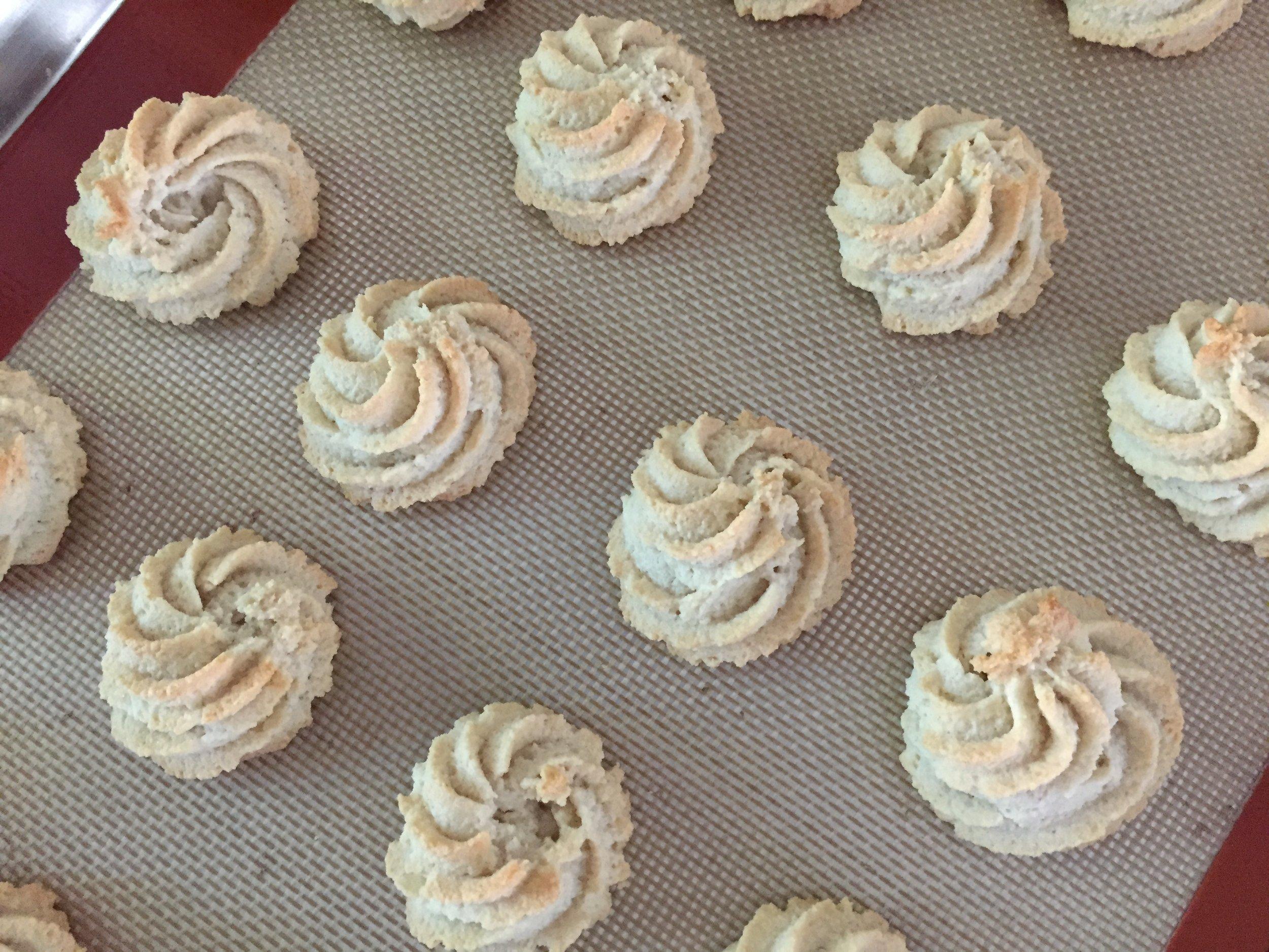 Macarons de Montmorillon  version two