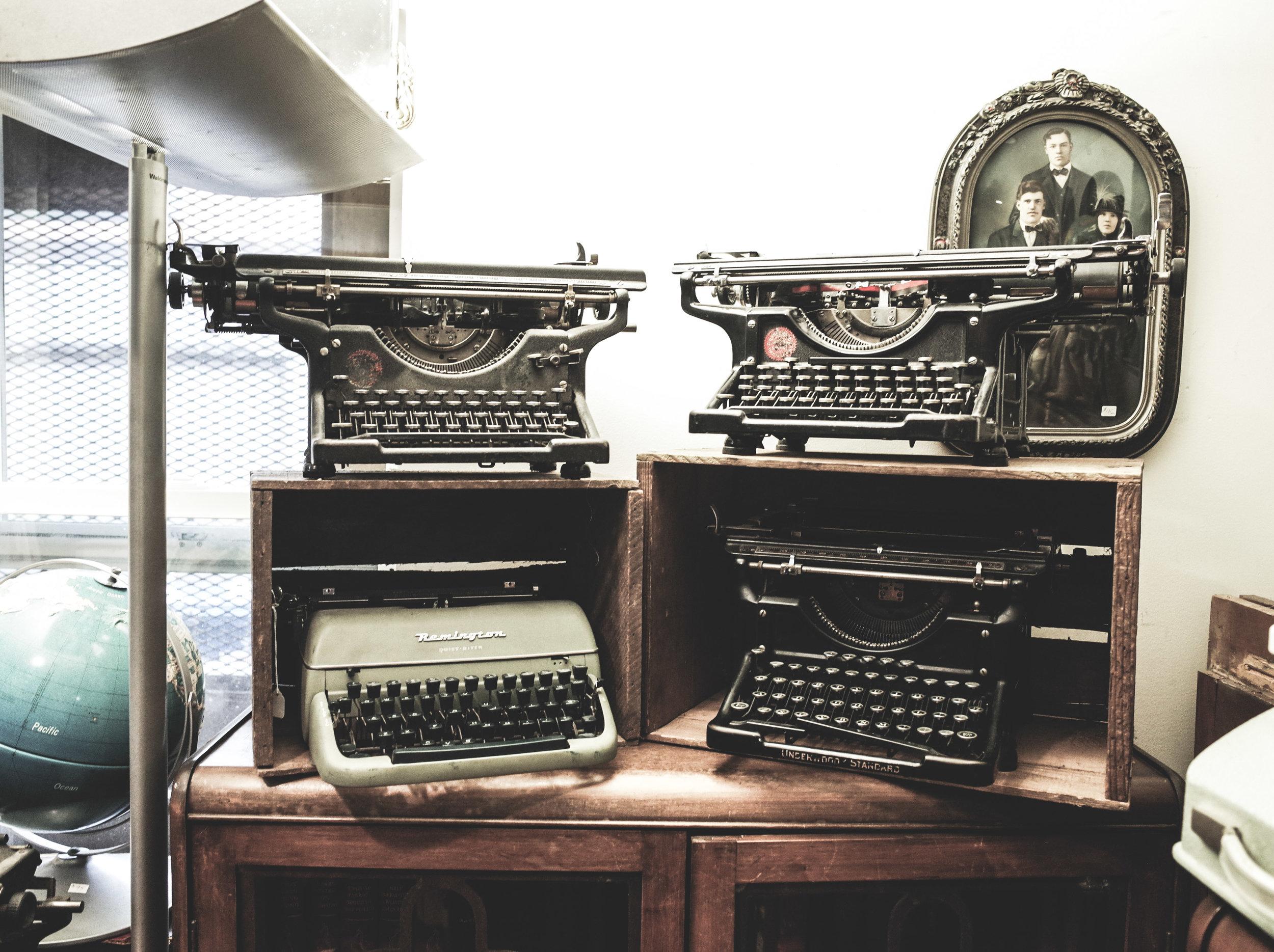 typewriters-3.jpg