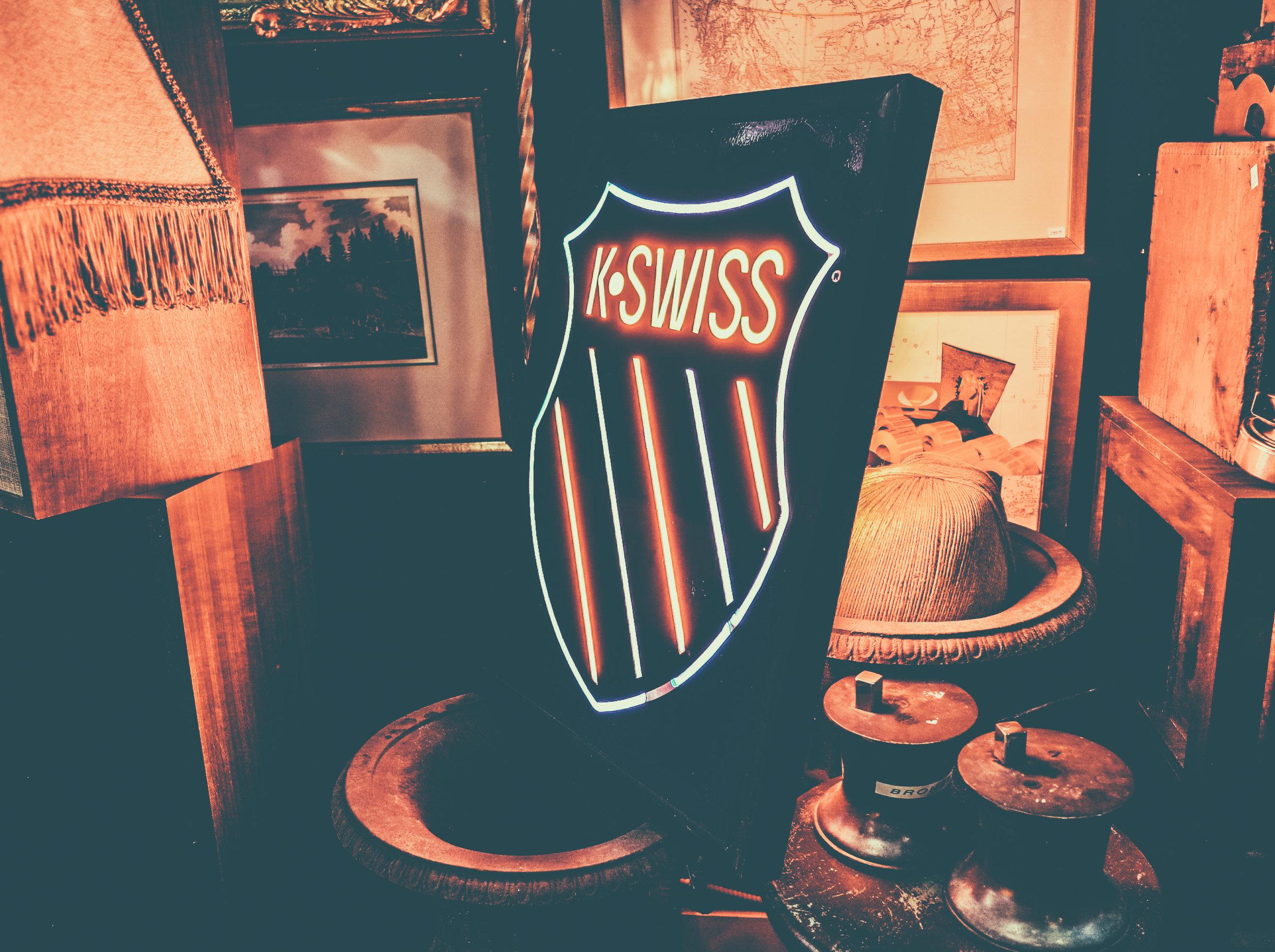 k-swiss-sign.jpg