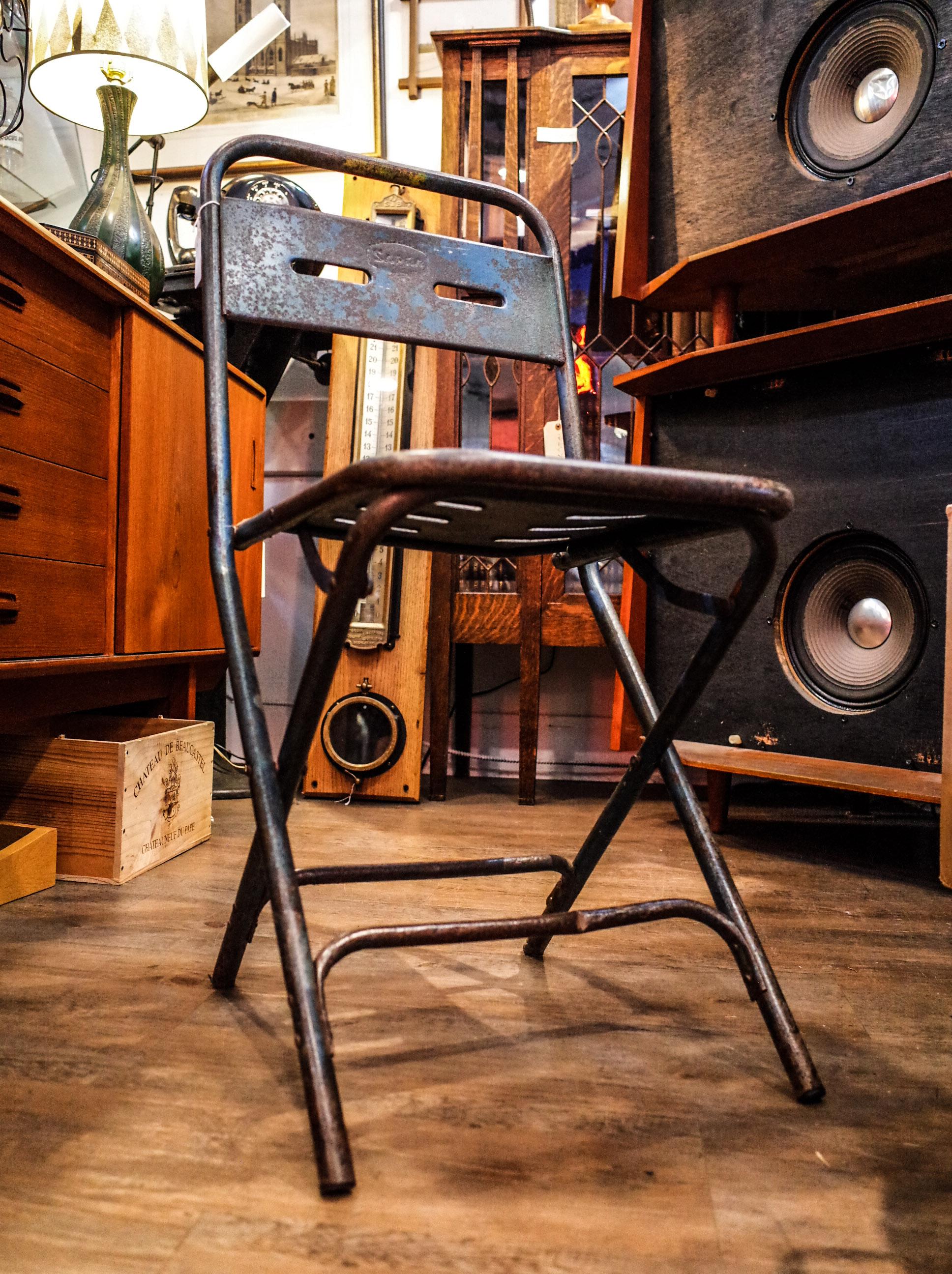 rustic-chair.jpg