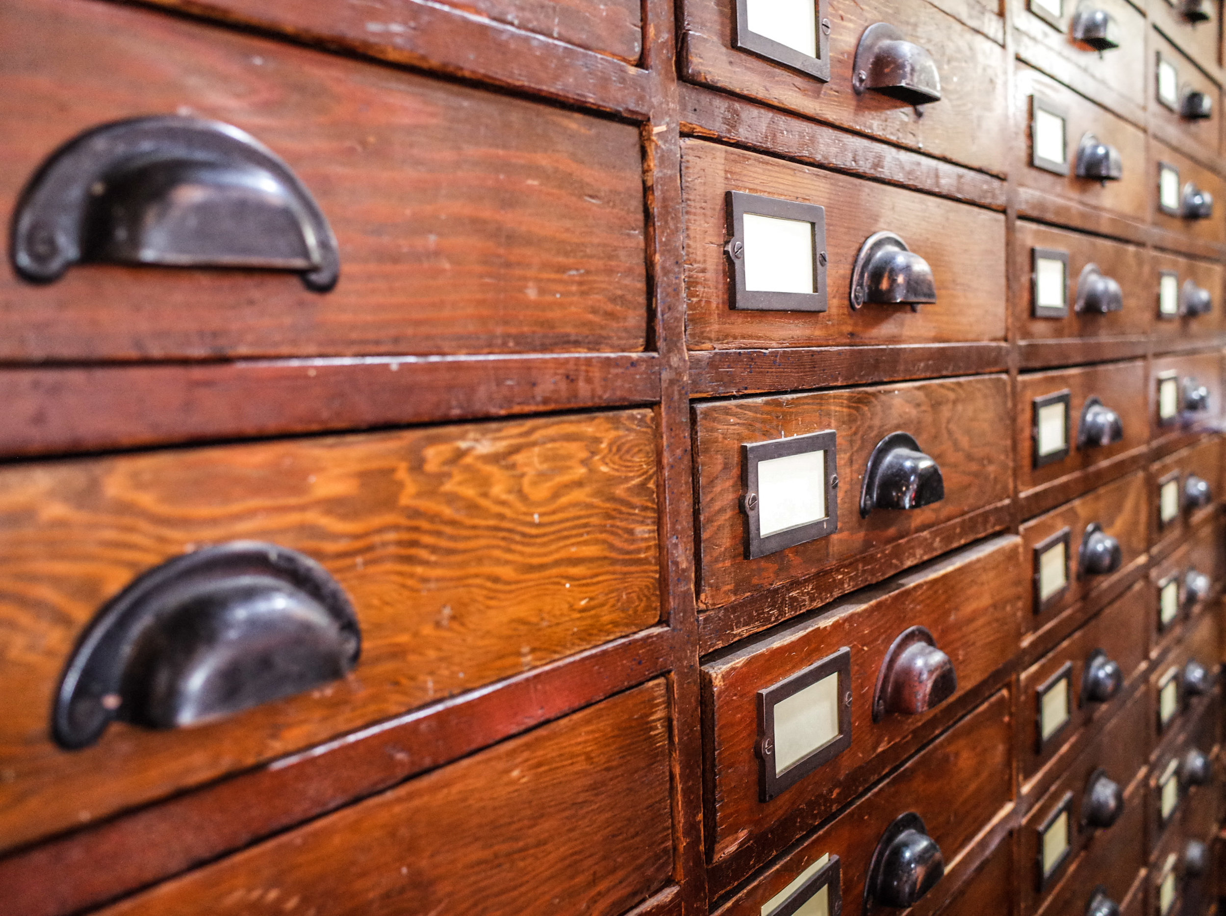 wooden-drawers.jpg