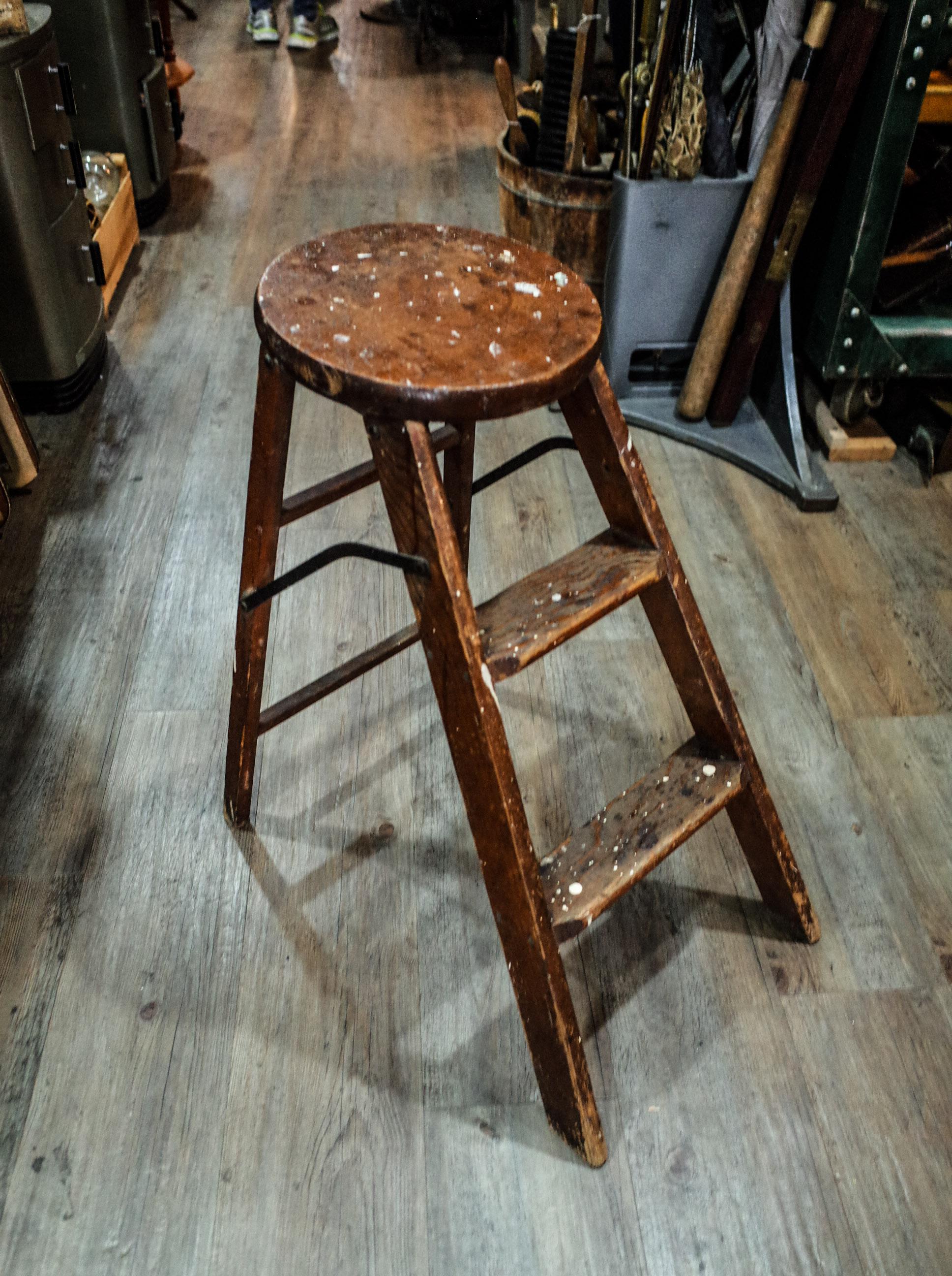 wooden-step-ladder.jpg