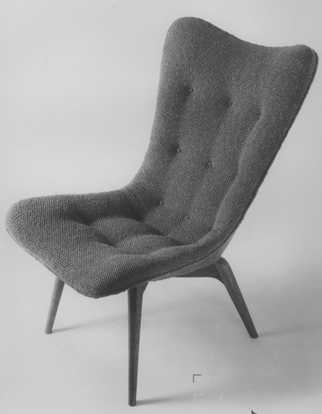 R152 Contour chair, 1951