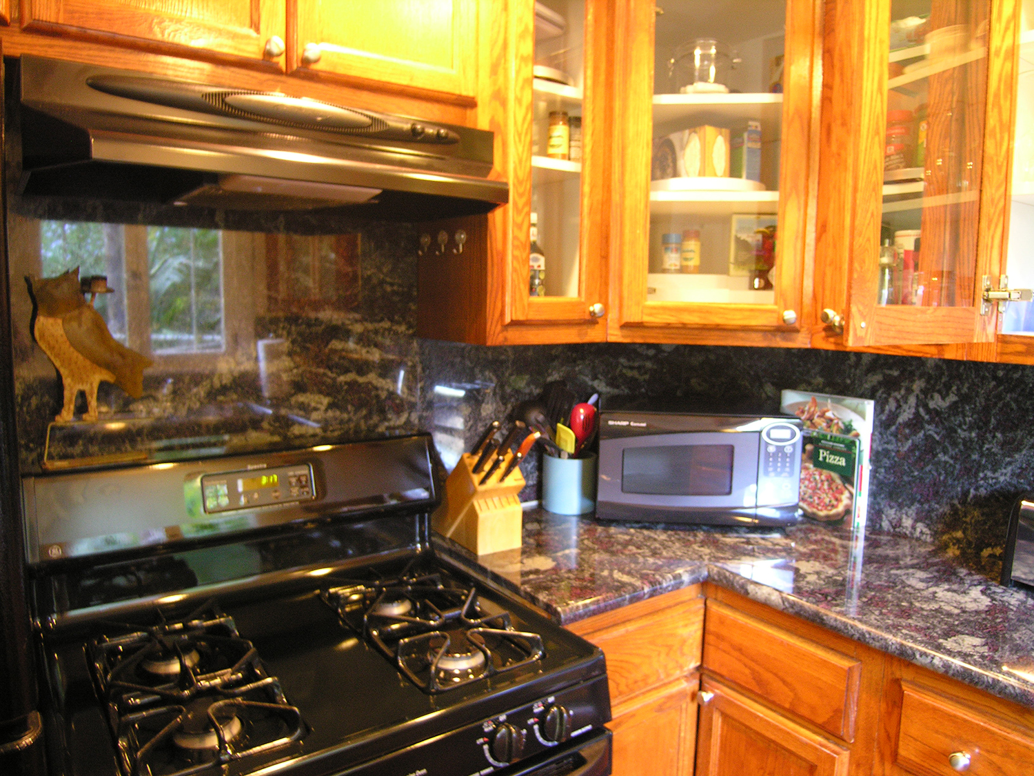 C Kitchen Stove cabinet_1500.jpg