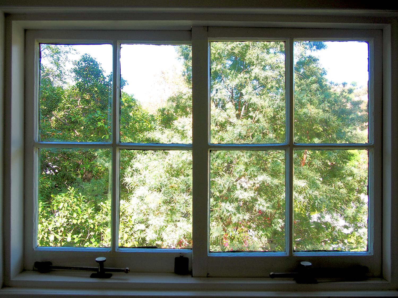 TH_1_Kit_window_1500.jpg