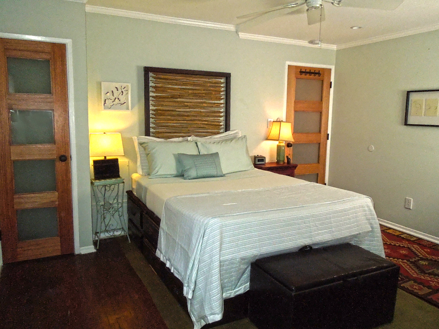 THE CARRIAGE HOUSE - $200 per night