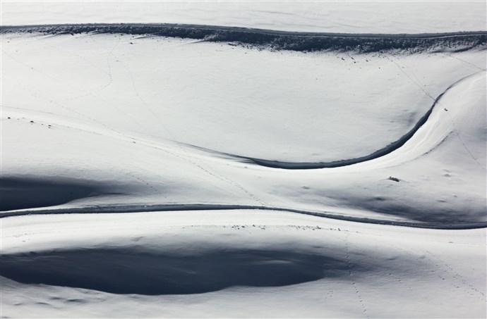 10-Snow Curves.jpg