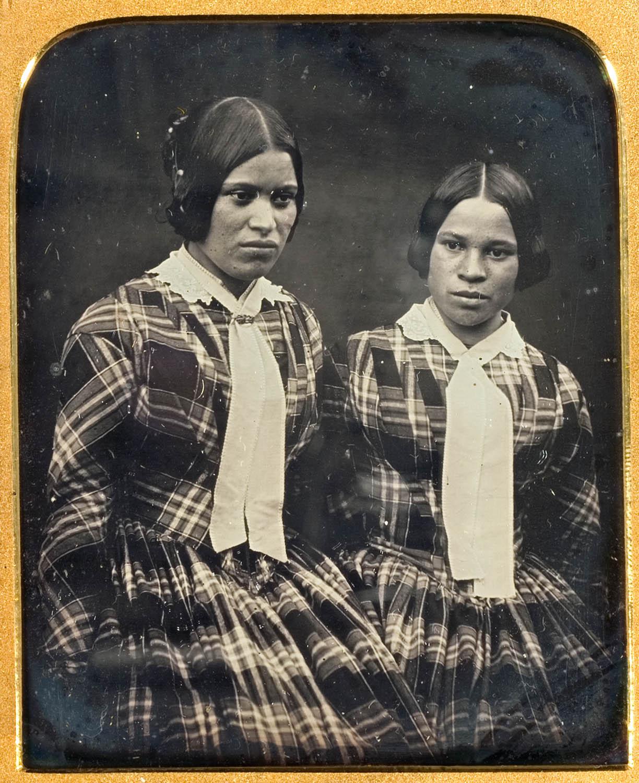 Lawson Insley, Caroline and Sarah Barrett (c1852-53), collection of Puke Ariki (A71.462).