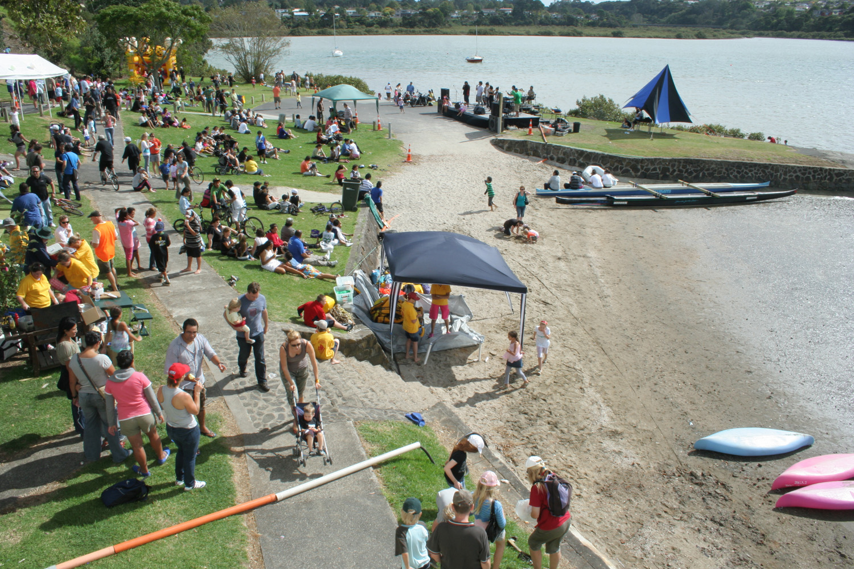Te Atatu Peninsula Festival, Chapman Strand, 29 March 2008. (JBT31900)