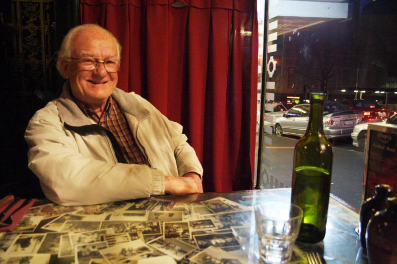 John B. Turner:  John Fields, Tony's Restaurant, Wellesley Street, Auckland,  27 May 2009 .