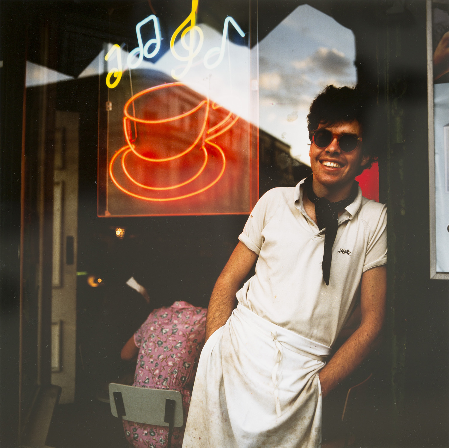 Peter Hannken, John and his Diner, 1981. Cibachrome print. Collection of the Sarjeant Gallery Te Whare o Rehua Whanganui