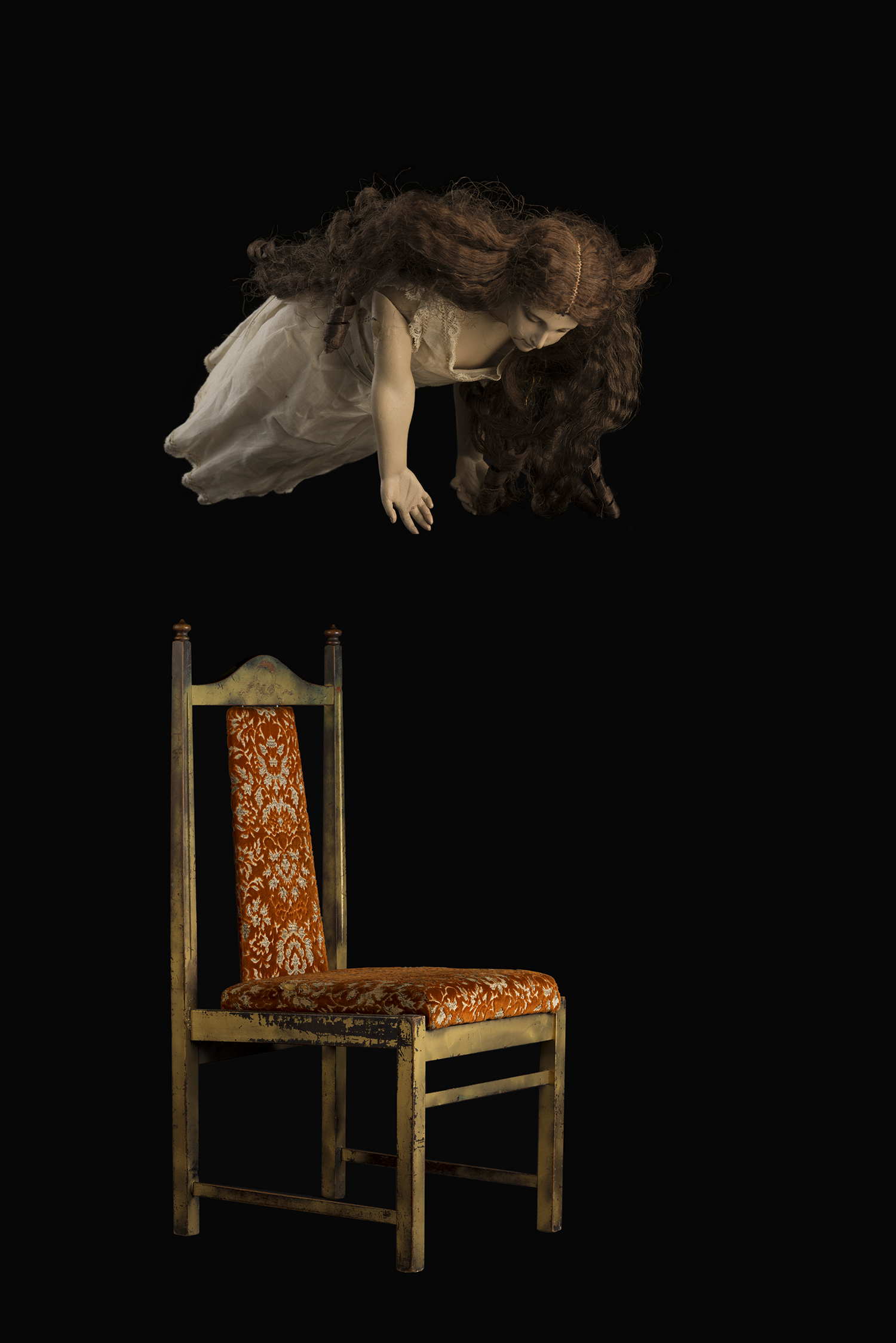 Hayley Theyers,  The Empty Chair , 2018