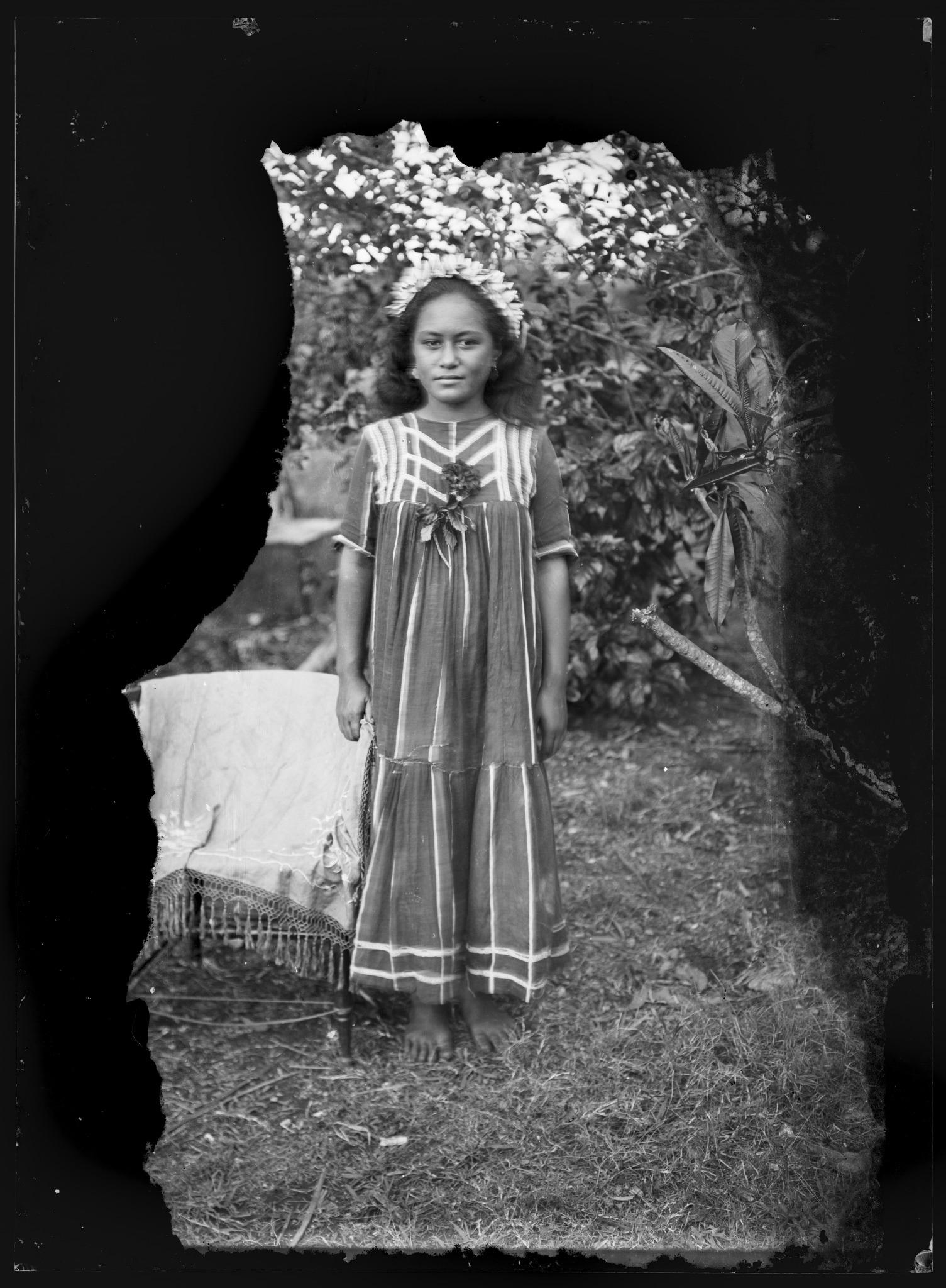 George Crummer,  Portrait of unidentified teenage girl