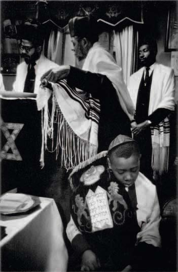 Larence Shustak ,  Royal Order of Ethiopian Hebrews, in Harlem, NYC , c. 1960. From Black Jews,  http://www.shustak.org/photoshelter/.