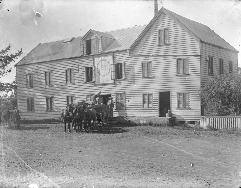 Chamberlain Bros. warehouse in Fielding, New Zealand, circa 1907-1911. Lemuel Lyes Collection.