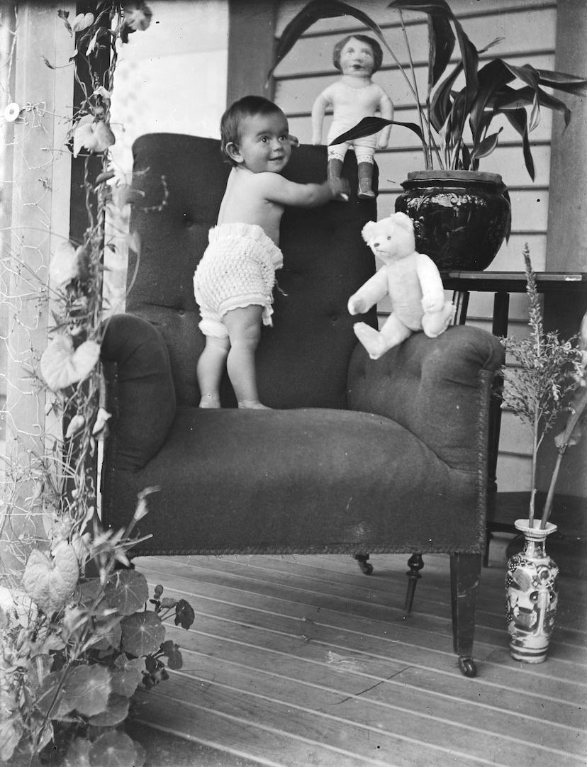 Young baby, believed to be Roma Aroha Campbell. Possibly around 1911. Lemuel Lyes Collection