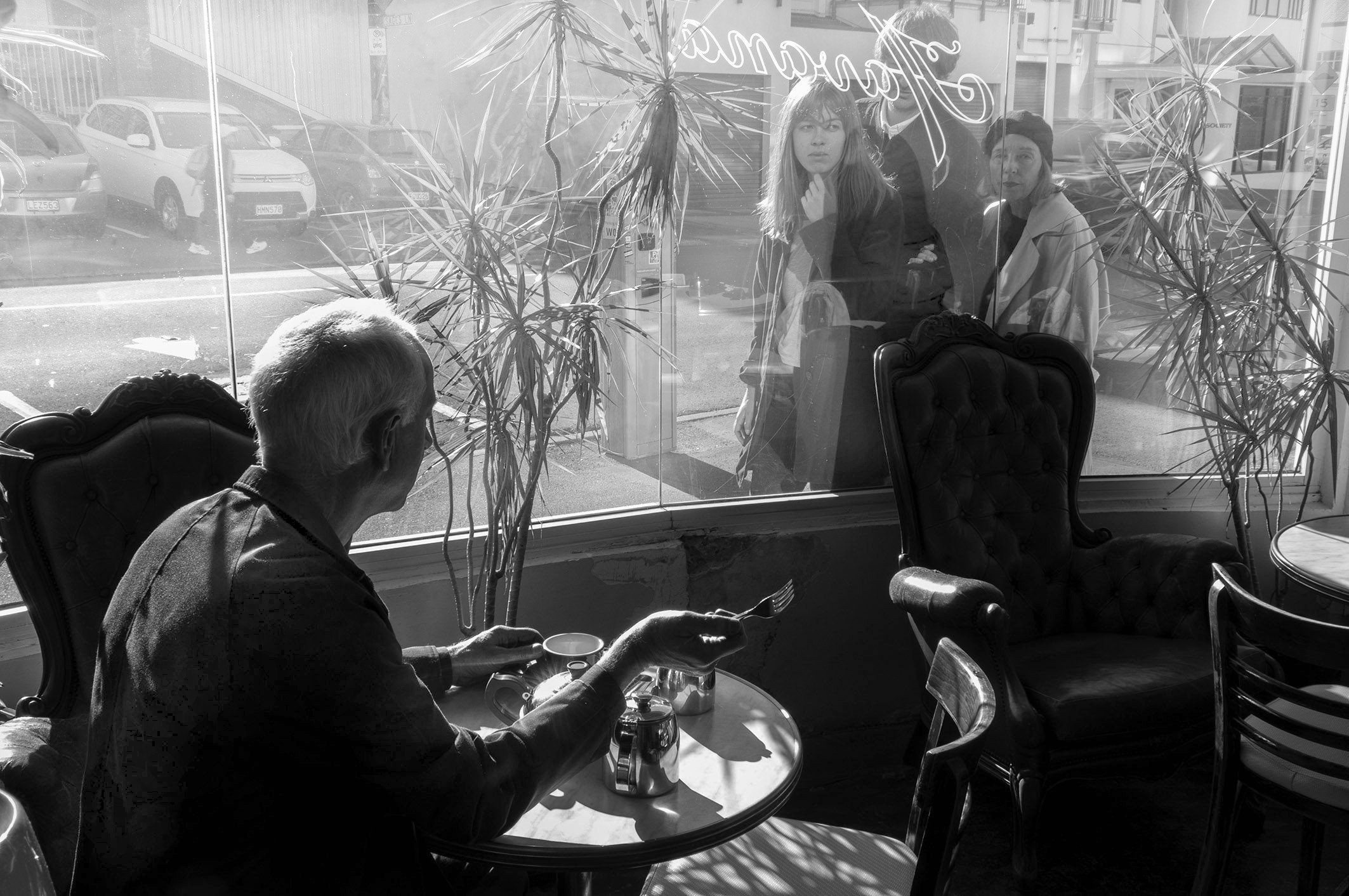 Max Oettli   Max West Wind retake, Havana Cafe , 2019. Te Papa collection